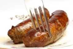 Here How to Cook Succulent Italian Sausage Perfectly How to Cook Italian Sausage - I never do it right!How to Cook Italian Sausage - I never do it right! Grilled Italian Sausage, Italian Sausage Recipes, Italian Cooking, Just Cooking, Meat Recipes, Cooking Recipes, Italian Sausages, Cooking Bacon, Al Dente