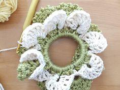 春いちごシュシュ・本体の作り方 手順|16|編み物|編み物・手芸・ソーイング|ハンドメイドカテゴリ|ハンドメイド、手作り作品の作り方ならアトリエ