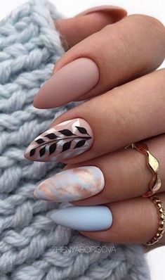 36 Amazing Natural Short Almond Nails Design For Fall Nails Nails Art Ideas - Fall nails ideas - Classy Almond Nails, Short Almond Nails, Fall Almond Nails, Summer Acrylic Nails, Best Acrylic Nails, Short Nails Art, Long Nails, Stylish Nails, Trendy Nails