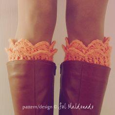 Boot Cuff Pattern Crochet PDF  Winter Trends Woman par bySol, $5,00