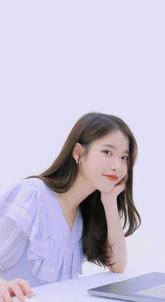 Iu Short Hair, Iu Hair, Short Hair Styles, Cute Korean Girl, Asian Girl, Korean Girl Photo, Korean Actresses, Korean Actors, Beautiful Girl Image