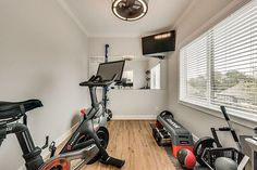 Trendy home gym space floors Ideas Workout Room Home, Workout Rooms, Home Gym Flooring, Home Gym Decor, Gym Room, Flex Room, Best Home Gym, Trendy Home, Small Living Rooms