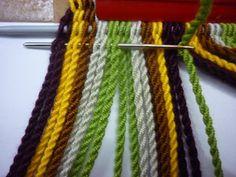 Tapestry Crochet Patterns, Loom Patterns, Crochet Stitches, Plaid Crochet, Knit Crochet, Mochila Crochet, Inkle Loom, Tapestry Bag, Arm Knitting