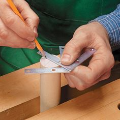 Shop-Made Center Finder | Woodsmith Tips
