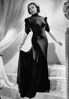 Mexican actress Dolores Del Rio - 1928