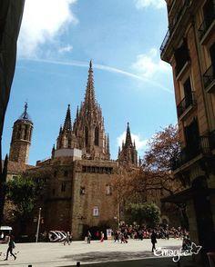 Barcelona # mires donde mires hay algo bonito #bcn #catedral #barriogotico #phonepics  #emayte