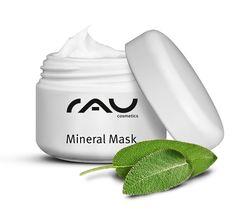 Die beliebte Mineral Mask von RAU Cosmetics gibt es jetzt auch im 5ml Tiegel zum Kennenlernen! Diese Gesichtsmaske kann speziell bei unreiner Haut und Hautkrankheiten wie Akne verwendet werden. OHNE Mineralöl, Silikonöl, Parabene oder PEG ´s. Enthält wertvolle Inhaltstoffe wie reine, allergenfreie Rügener Heilkreide, Zink, Salbei und Milchsäure www.rau-cosmetics.de/detail/index/sArticle/232?sPartner=social #acne #gesichtsmaske #hautpflege #skincare