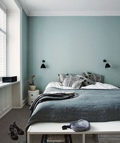Interior Design Ideen bedroom-wall-design-bedroom-paint-ideas-mint-color The Home Improvement Contra Bedroom Paint Colors, Bedroom Decor, Bedroom Colors, Bedroom Interior, Home, Bedroom Inspirations, Home Bedroom, Blue Bedroom, Home Decor