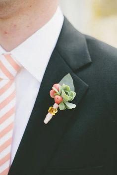 Wedding Inspiration: Summer Boutonnieres