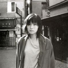 Shiina Ringo, Black And White Painting, Androgynous, The Rock, Black And White Photography, Asian Woman, Asian Beauty, Pretty Girls, Cool Girl