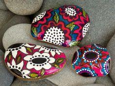 Boho Rock Garden rocas Set / pintadas / Sandi por LoveFromCapeCod, $55,00