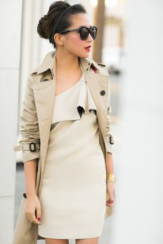 Beige Out :: Bow dress
