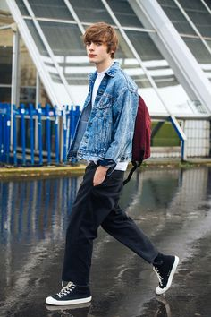 Lennon Gallagher See what the models are wearing off duty in Paris – Updating – Of The Minute Gene Gallagher, Lennon Gallagher, Chris Evans, Beautiful Boys, Pretty Boys, Stylish Men, Men Casual, Oasis Music, Oasis Band