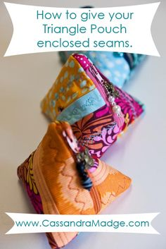 Triangle Pouch tutorial by A Spoonful Of Sugar Small Sewing Projects, Sewing Hacks, Sewing Tutorials, Bag Tutorials, Sewing Ideas, Beginners Sewing, Sewing Tips, Coin Purse Tutorial, Zipper Pouch Tutorial