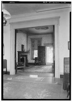 10.  Historic American Buildings Survey W. N. Manning, Photographer, May 18, 1935 TREATMENT OF DOUBLE DOOR FROM PARLOR TO SITTING ROOM, S. W. ROOM - Elmoreland, U.S. Highway 241, Glenville, Russell County, AL