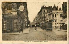 Carte postale ancienne représentant la Rue d'Alsace-Lorraine à Toulouse.