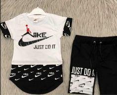 T Shirt Logo Design, Boy Fashion, Fashion Outfits, Swim Shorts Women, Boys Clothes Style, Mens Jogger Pants, Summer Boy, Boys T Shirts, Boy Outfits