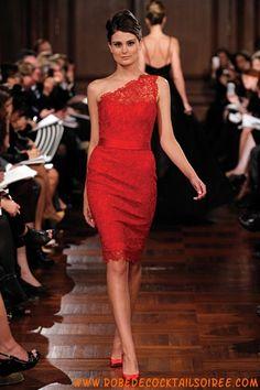 Robe élégante en dentelle avec une bretelle robe de cocktail rouge