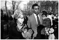 http://pleasurephoto.files.wordpress.com/2012/10/garry-winogrand-central-park-zoo-new-york-city-1967.jpg