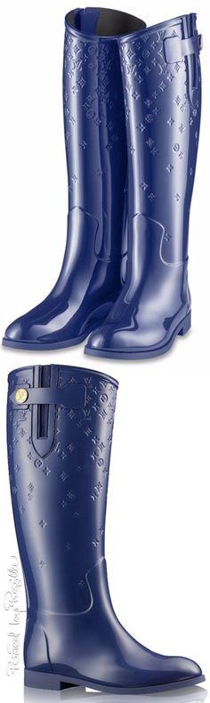 Regilla ⚜ Louis Vuitton                                                       …
