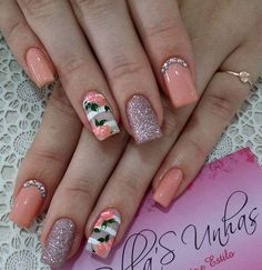 Gel toe nails summer flower designs 63 New ideas Summer Toe Nails, Spring Nails, Gel Toe Nails, Nail Nail, Milky Nails, Pretty Nail Art, Flower Nails, Simple Nails, Nails Inspiration