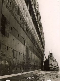 Cunard Line AQUITANIA meets the U.S. Mail boat at New York, 1920s via Todd Neitring