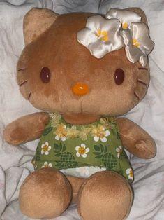 Hello Kitty Plush, Malibu Barbie, Hawaiian Tropic, Cute Stuffed Animals, Summer Aesthetic, Aesthetic Photo, Beach Babe, Summer Girls, Pink Summer