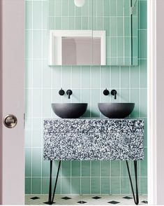 """132 """"Μου αρέσει!"""", 9 σχόλια - SJS   design + decoration (@sjs_designer) στο Instagram: """"This combo wont be forgotten- terrazzo, mint and concrete 👌🏼 Interior design @2lgstudio 📷…"""""""