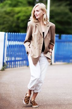 10+Bloggers+With+The+Best+Casual-Cool+Style+via+@WhoWhatWearUK