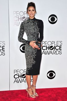 Nina Dobrev en Jenny Packham aux People's Choice Awards 2014