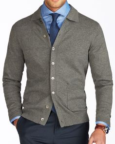 Men's Suits Knitwear Mens Office Fashion, Work Casual, Men Casual, Cardigan Gris, Smart Casual Menswear, Business Casual Dresses, Herren Outfit, Stylish Mens Outfits, Cardigan Outfits
