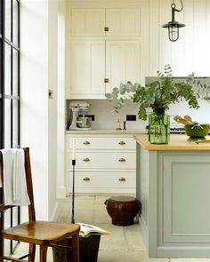 Breathtakingly Beautiful Classic Kitchens That Are Not White - laurel home - Another beauty from DeVOL Kitchens