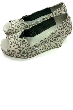 WEDGE IN SNOW LEOPARD