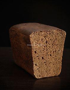 100% ржаной хлеб! Приготовлен на ржаной закваске, без использования промышленных дрожжей.
