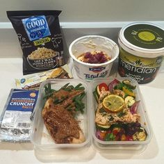 All prepped for the Long day ahead of packing & moving house  I probably won't get to train today as I'm so busy, but I've got some extra shakes and carbs with me just incase I have a spare minute  So this is what I have to eat today (not including breakfast): Lemon & parsley baked salmon with roasted Italian spiced veg, Cinnamon @musclefooduk chicken with green beans and @meridianfoods smooth almond butter, @fage_uk 2% Greek yoghurt mixed with @reflexnutrition cinnamon roll whey, frozen…