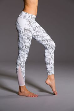 Shop Onzie's mesh leggings, in our refreshing and stylish breathable fabric. Our mesh workout leggings come in track legging, cut out capri and even high rise. Choose the style of mesh leggings you need. Leggings Mode, Cute Leggings, Running Leggings, Sports Leggings, Workout Leggings, Women's Leggings, Printed Leggings, Cheap Leggings, Ladies Leggings