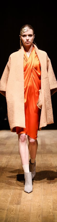 Fall 2015 Ready-to-Wear Josie Natori
