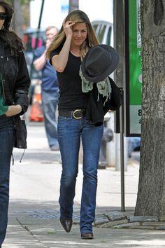Jennifer Aniston - she is so cute! ღ