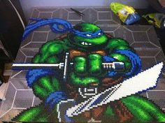 TMNT- Leonardo Bead Sprite Art.....awesome one of the biggest ive seen next to a sub-zero on youtube.