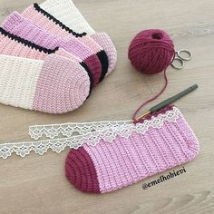 PATİK DÜNYASI & HANDMADE SOCKS (@emelhobievi) | Instagram photos and videos Crochet Shoes, Crochet Slippers, Knit Crochet, Seed Stitch, Designer Socks, Baby Boots, Slipper Socks, Crochet For Kids, Lana