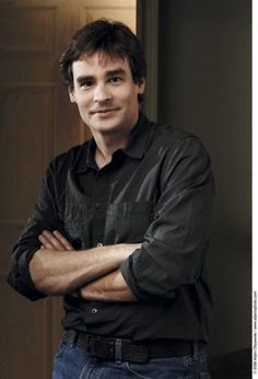 Robert Sean Leonard... I love him on doctor house