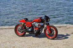Harley Dyna Cafe Racer 'Red Barron' - Lord Drake Kustoms - RocketGarage