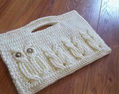 Crochet patrones-It un ululato-gorro de buho. por TheHookHound