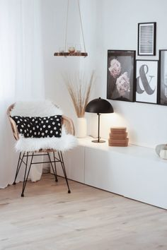 37 brilliant solution small apartment living room decor ideas and remodel 13 Living Room Trends, Boho Living Room, Home And Living, Living Room Designs, Living Room Decor, Nordic Living, Bedroom Decor, Small Apartment Living, Ideas Hogar