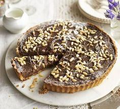 Torta del Nonna Give this Tuscan tart a delicious twist by adding dark chocolate to the traditional custard filling and deli. Italian Desserts, Just Desserts, Dessert Recipes, Italian Foods, Portugese Custard Tarts, Portuguese Tarts, Custard Filling, Sweet Pastries, Sweet Pie