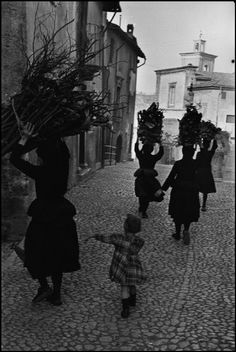 Henri Cartier-Bresson ITALY. Abruzzo. Scanno. 1951.  (My husband's family is from the next village over from this one!)