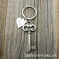 Edler Schlüsselanhänger mit HERZ Amulett als Geschenk Online kaufen verschenken Personalized Items, Amulets