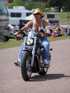 🔥SuperSexy👅: Motorbike Girl, Motorcycle Outfit, Lady Biker, Biker Girl, Scooter Girl, Hot Bikes, Biker Chick, Super Bikes, Girls