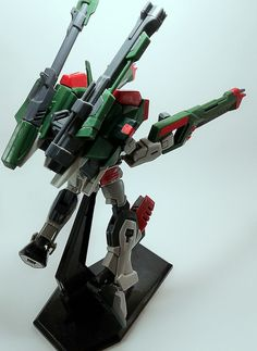 GAT-X103APVerde Buster Gundam scale 1:144