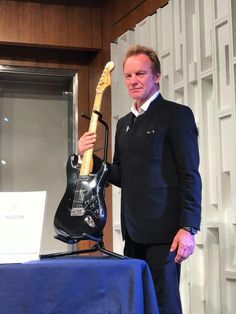 Sting donated his Fender Strat to the Museum of American History in Washington DC.